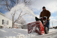 Things To Look For When Buying A Snow Blower 2013-2014