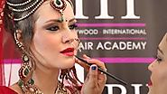 Learn advanced makeup techniques in Mumbai