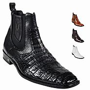 Wear Crocodile Square Toe Boots To Ride In Style