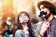 how to know if someone loves you secretly whithout say that ? - life good way