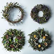Seasonal Wreath Subscription