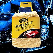 Formula 1 Car Wash Mitt For Easy Clean