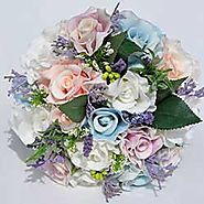 Make your Wedding Grand and Extraordinary with Beautiful Silk Wedding Flowers