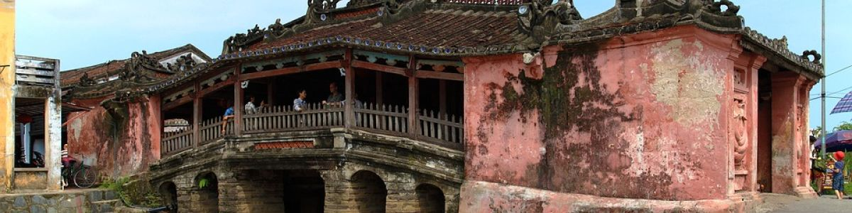 Headline for Sightseeing Historical Places in Hoi An – Vietnam's Ancient Beauty