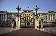 Mowbray – Enjoy the charismatic Buckingham Palace Tour