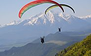 Adventure Paragliding Activity in Aspen,Vail
