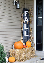 5 Easy Fall Porch Decorations + $100 Lowe's Gift Card Giveaway