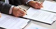 How to Hire a Contract Lawyer?