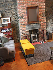 STAYS WITH STYLE | A Weekend at Tŷ'r Gofalwr The Caretaker's Cottage, Snowdonia - Camping with Style Camping Blog | A...