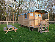 GLAMPING | A Relaxing Stay In A Cosy Shepherd's Hut at Castle Farm Holidays, Shropshire