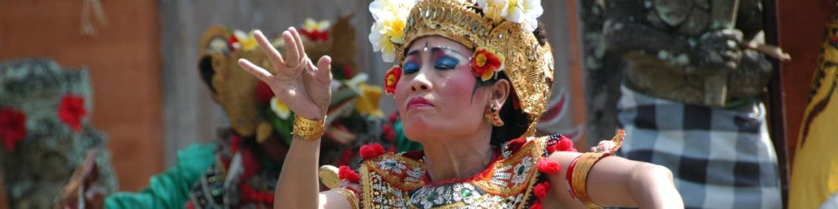 Headline for Top 05 Indonesian Art and Cultural Events – A Splash of Colour and Tradition