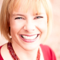 209: Interview with Viveka von Rosen of LinkedIn Marketing - Entrepreneur On Fire Business Podcasts