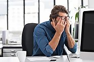 Preventing Computer Vision Syndrome: Everyday Tips and Treatments from an Eye Clinic