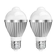 KINGSO 2 Pack Motion Sensor Light Bulb 5W E26/E27 Infrared Motion Detection LED Bulb Auto Switch Energy Saving Night ...