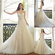 Get what you want through custom wedding dress in Melbourne!