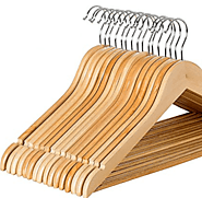 Top 8 Best Wooden Hangers 2017 - Buyer's Guide (December. 2017)