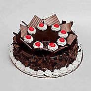 Buy or Send Chocolate Flake Cake Online Same Day & Midnight Delivery Across India @ Best Price | Oyegifts