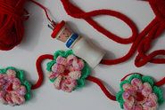 Nancy's Christmas Garland pattern by Lily Boot
