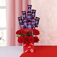 Buy / Send Bouquet of Love and Chocolates Gifts online Same Day & Midnight Delivery across India @ Best Price | OyeGifts