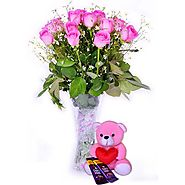 Buy/Send Cute Love Hamper Online - YuvaFlowers.com