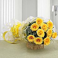 Bunch of 10 Yellow Roses in a cellophane Packing - OyeGifts.com