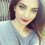 Stylish and Experienced Pakistani and Indian Ladies in Dubai