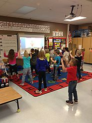 "Tari Phares on Twitter: ""#RCASfiredup Black Hawk kids always start their day with exercise. These 1st graders are doi..."