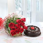 Buy/Send Red Rose with Cake Online - YuvaFlowers.com