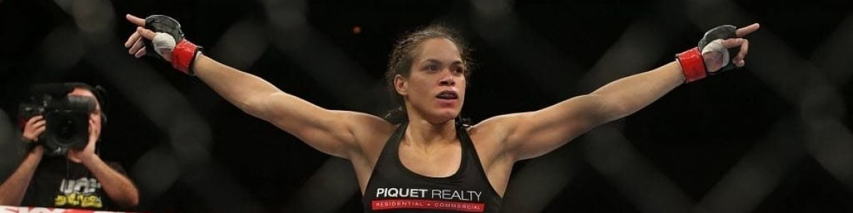 Headline for Top 10 Best Female MMA Fighters