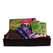 Buy Sweet Chocolaty Hamper Online Same Day Delivery - OyeGifts.com