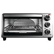 Black & Decker TO1303SB 4-Slice Toaster Oven, Silver