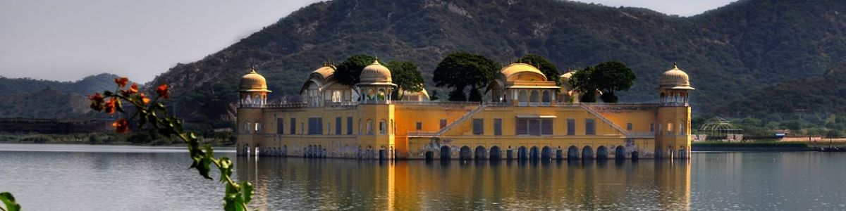 Headline for Must Visit Places in Jaipur – The Enchanting Sites of Jaipur
