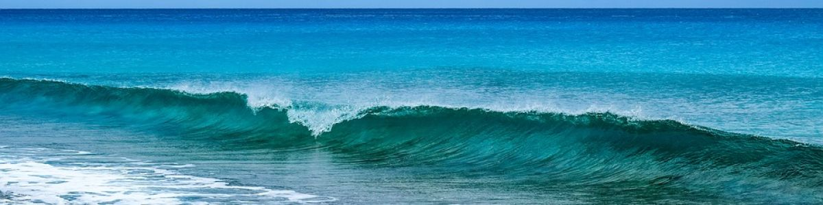 Headline for Top 07 Surfing Spots in Maldives – Island Life and Endless Breaks