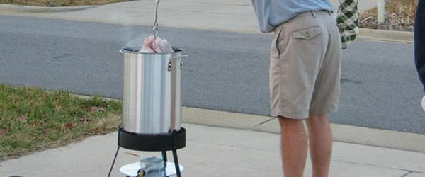 Headline for Best Outdoor Turkey Deep Fryer Reviews 2014