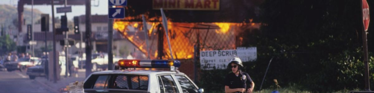 Headline for 10 Most Brutally Honest Photos of 1992 LA Riots