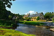 Upper and Lower Slaughter - The Cotswolds - Van Marle Chauffeurs