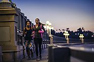 7 Tips for Running Safely at Night - Styleupguide