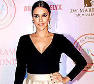 Neha Dhupia fights with Nikhil Chinapa, asks him to mind his manners