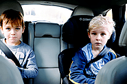 How to Travel Stress Free – 3 Tips To Help Children's Fear of Car Rides -