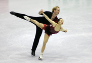 Pairs figure skating