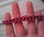 How To Make a Rubber Band Bracelet... With No Loom!