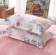 The Unicorn duvet cover set by KFZ comes in three sizes