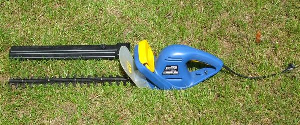 Headline for Best Power Hedge Trimmers Reviews