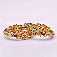 Website at https://www.myabhushan.com/gold-bangles-women/400
