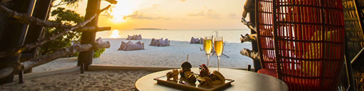 Headline for 5 Romantic things to do in the Maldives - A checklist for a romantic getaway