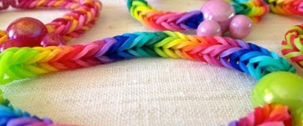 Headline for DIY Rubber Band Bracelet Making Kits