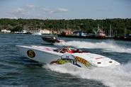 Tips in Driving a Power Boat - Elling Wirum