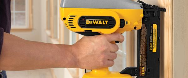 Headline for Top 20 Best Nail Gun Reviews 2017-2018
