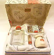 Rare unused vintage Yardley vanity set