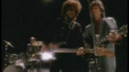 Tom Petty And The Heartbreakers - I Won't Back Down - YouTube